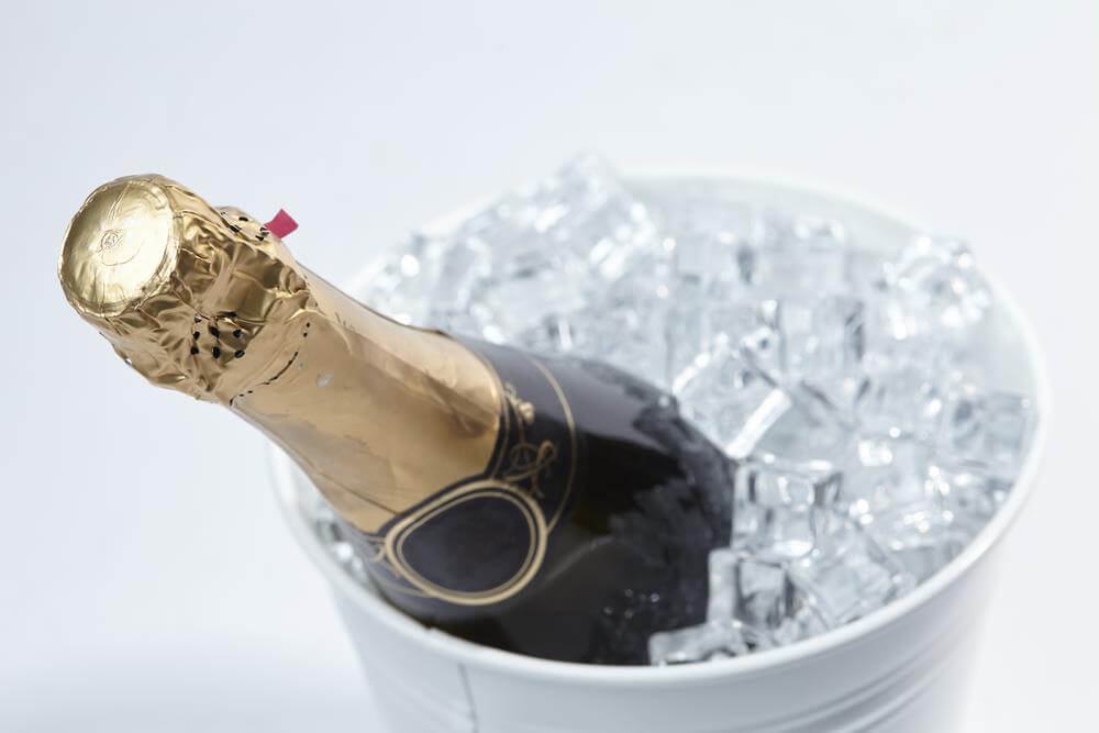 Champaign with ice